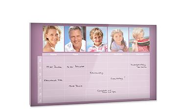 Kalendář za akrylovým sklem