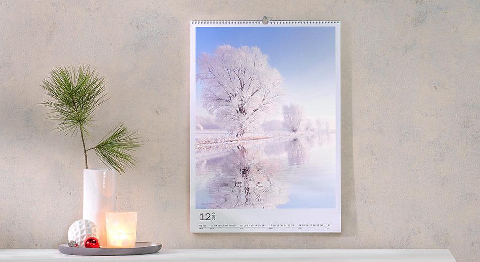 Kalendáře, nástěnné, plánovací, stolní a další