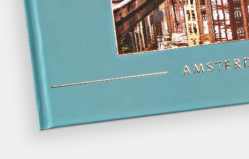 Hardcover med effektlak