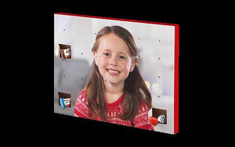 Chokoladejulekalender med kinder® chokolade