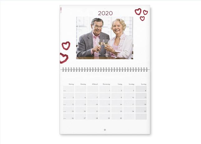 Képek és határidők A2 méretű naptár oldalakon