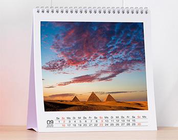 Négyzet alakú asztali naptár - nagy