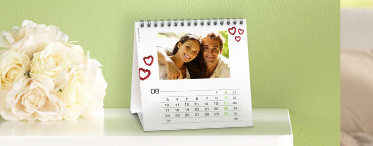 Egyedi négyzet alakú asztali naptár rendelés - Cewe
