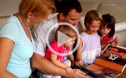 Így készül a CEWE FOTÓKÖNYV - videó lejátszása