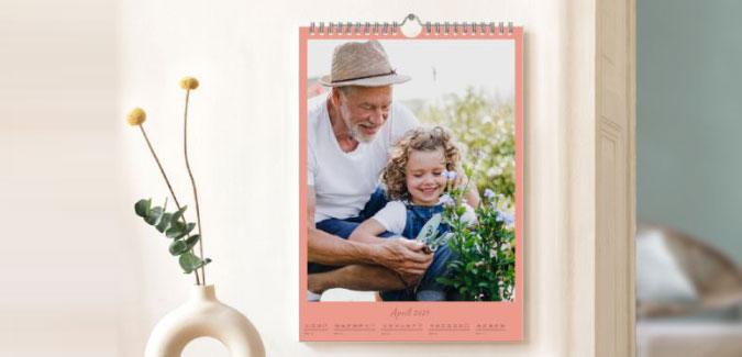 Kalenders met bij iedere maand een andere foto
