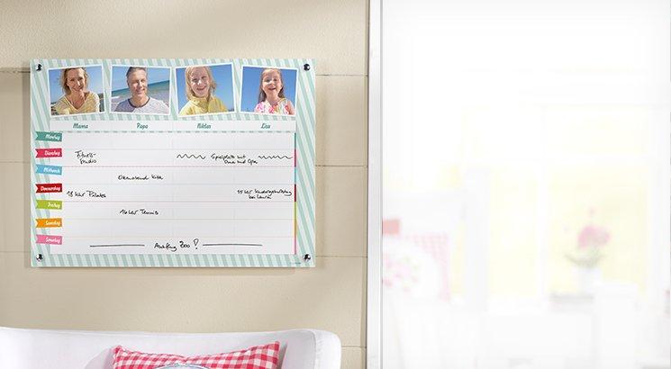 Familieugeplan på Akrylglas