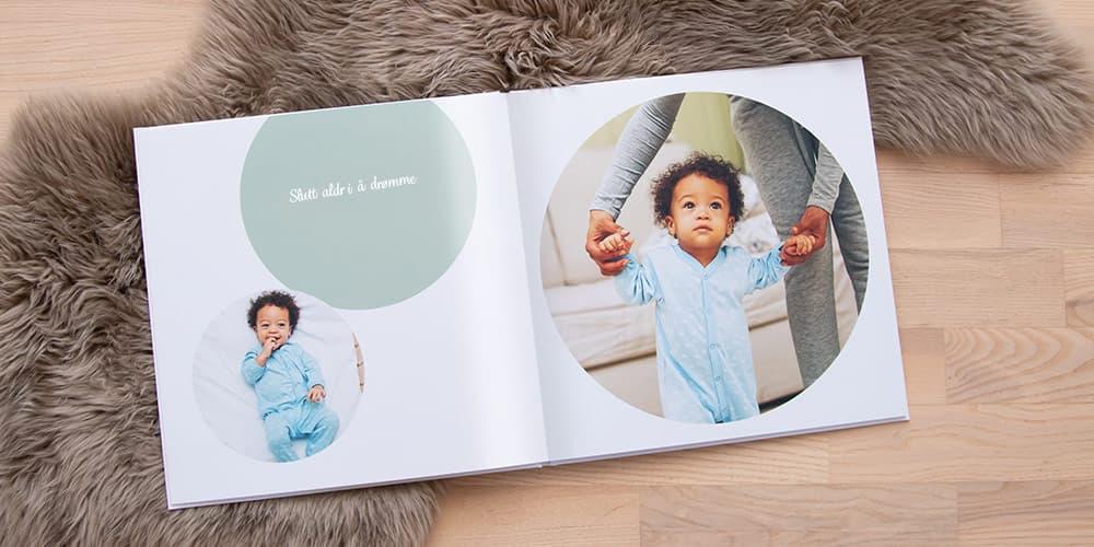 Designmaler til fotoboken om tenåringens liv