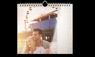 Kalendarz ścienny A2 na papierze foto