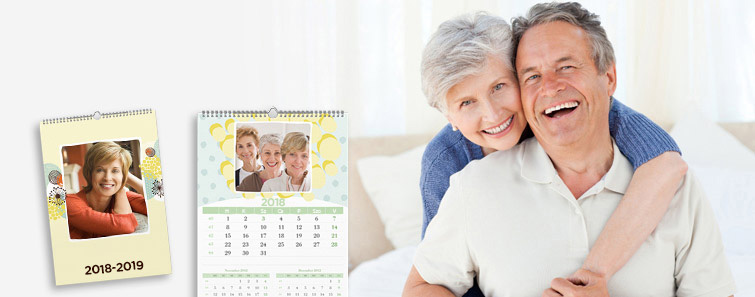 Comandă online Calendar de perete A3 triptic - Cewe.ro