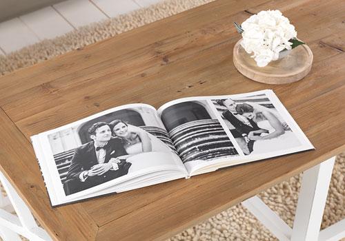 Alle Fotos Ihrer Trauung in einem Buch