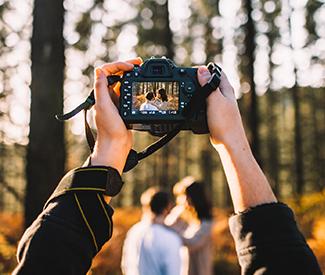 Vyberáme fotoaparát: zrkadlovka alebo bezzrkadlovka