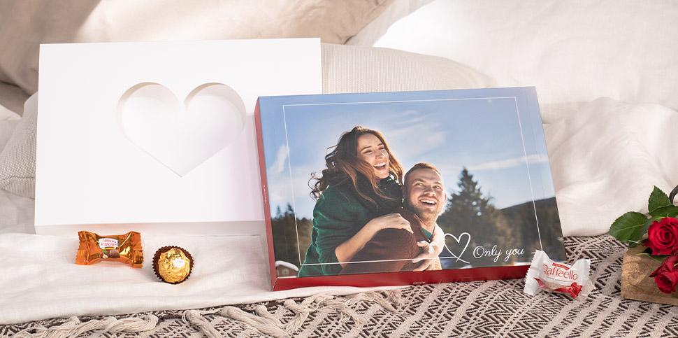 Fotoškatla za Valentinovo s pralineji Ferrero
