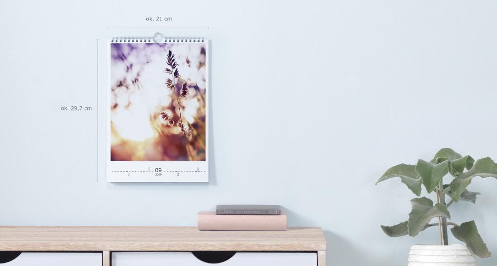Kalendarz ścienny A4